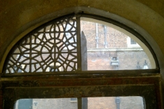 stained-glass-hampton-court-3