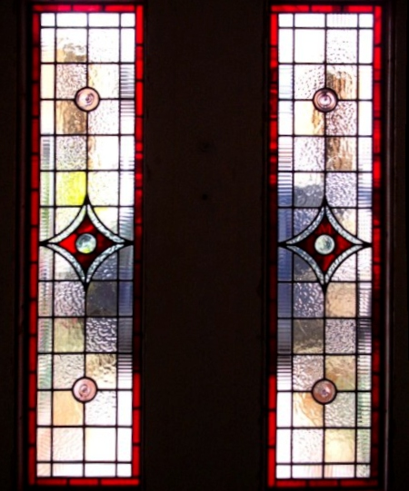 Victorian Stained Glass-V109