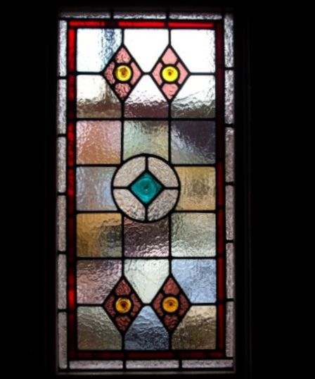 Victorian Stained Glass-V110