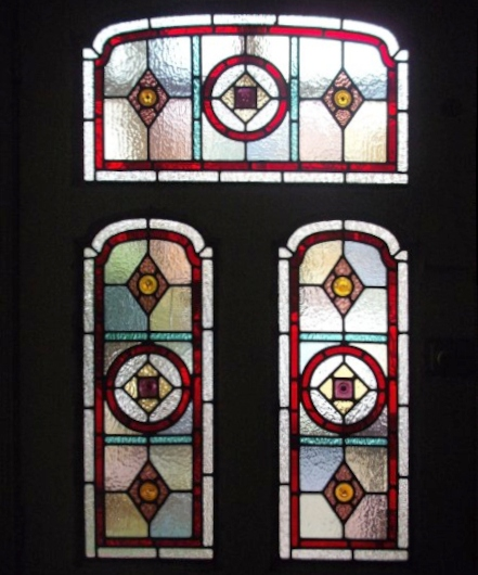 Victorian Stained Glass-V111