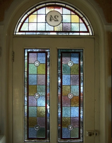 Victorian Stained Glass-V112