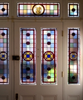Victorian Stained Glass-V116