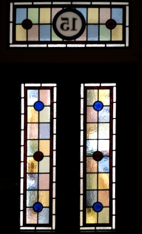 Victorian Stained Glass-V119